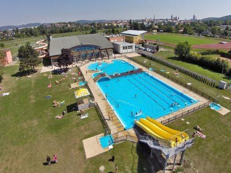 Plovárna Hranice / fotogalerie / Letecký pohled na aquapark a venkovní koupaliště