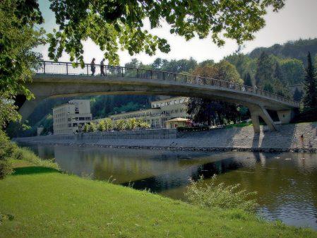 Lázně Teplice nad Bečvou / fotogalerie / Most v lázních Teplicích nad Bečvou