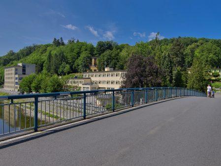 Lázně Teplice nad Bečvou / fotogalerie / Most přes Bečvu v lázních