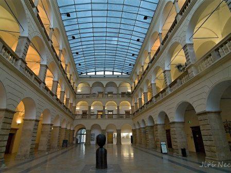 Zámek / fotogalerie / Dvorana hranického zámku