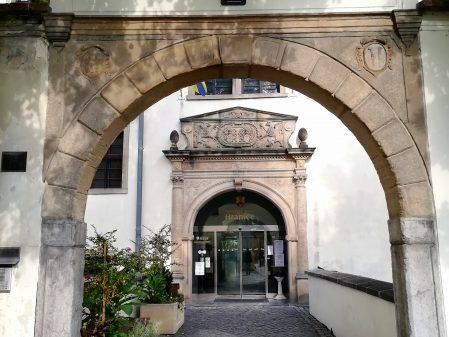 Zámek / fotogalerie / Vstup do zámku