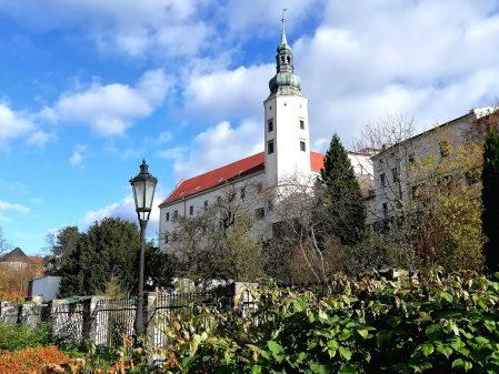 Zámek / fotogalerie / Pohled na zámek ze zámecké zahrady