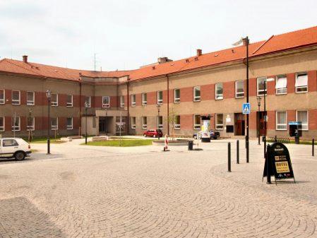 Školní náměstí / fotogalerie / Školní náměstí v Hranicích