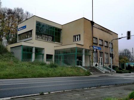 Infocentrum Hranické propasti / fotogalerie / Nádražní budova Teplice nad Bečvou