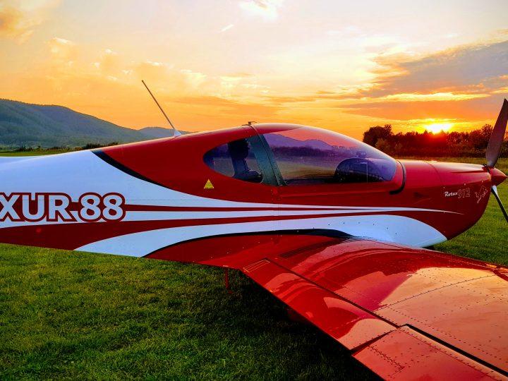 Seznamovací lety a pilotní výcvik