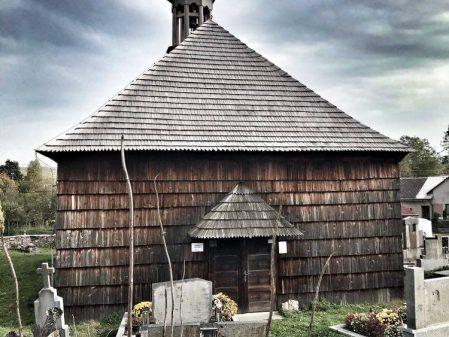 Dřevěný kostelík v Lipné / fotogalerie / Dřevěný kostelík v Lipné