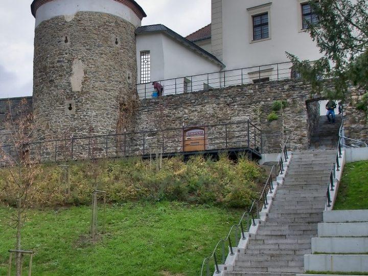 Zámecký klub (Zdroj: kultura-hranice.cz)
